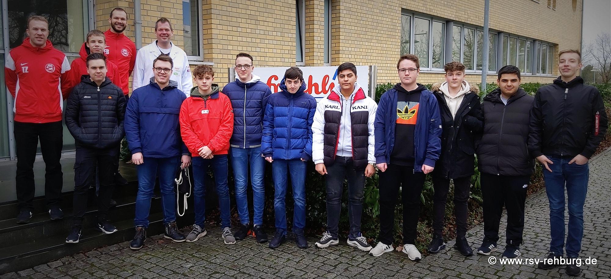 B-Jugend besichtigt frischli Milchwerke GmbH